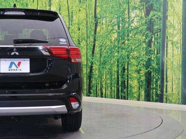 Gナビパッケージ 純正SDナビ 衝突軽減装置 アラウンドビューモニター 4WD LEDヘッド LEDフォグ クリソナ デュアルエアコン レーダークルーズ 禁煙車 シートヒーター 純正18AW ETC パワーバックドア(20枚目)