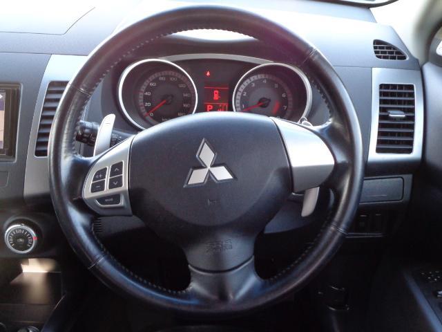 三菱 アウトランダー G 4WD ナビ 地デジ ETC パドルシフト