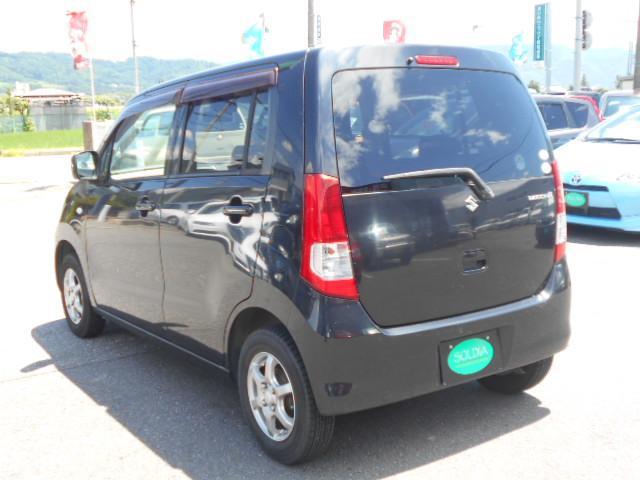 低価格・高品質の車両販売を目指して日々創意工夫をしながらお客様に還元できるようスタッフ一同運営しています!