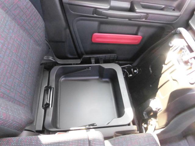 HYBRID X 4WD 両側電動スライドドア(18枚目)