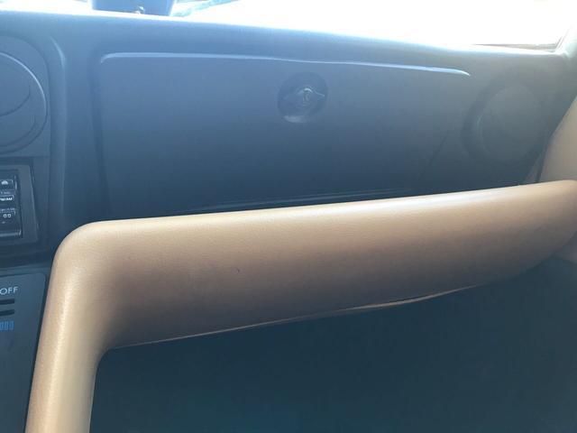 ヴェローチェ ディーラー車 オートマ 左ハンドル 革シート(12枚目)