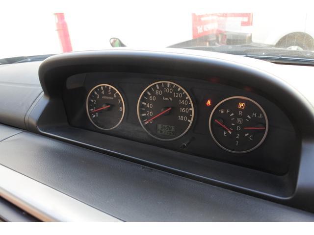 スクラッチガードコートエディション 4WD ハイパールーフレール スマートキー ナビ ミュージックサーバー ETC 純正アルミ 一年保証(19枚目)