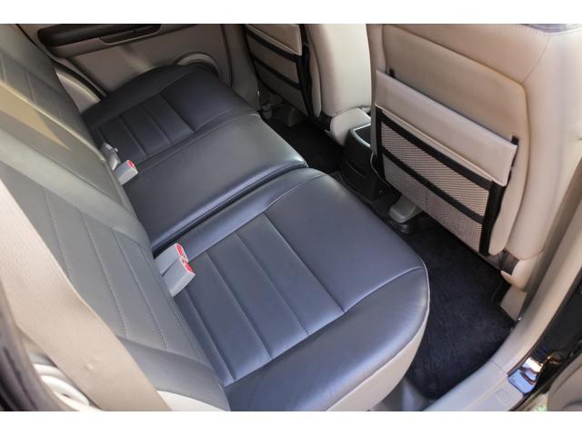 スクラッチガードコートエディション 4WD ハイパールーフレール スマートキー ナビ ミュージックサーバー ETC 純正アルミ 一年保証(32枚目)