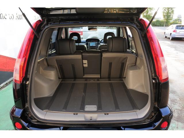 スクラッチガードコートエディション 4WD ハイパールーフレール スマートキー ナビ ミュージックサーバー ETC 純正アルミ 一年保証(34枚目)