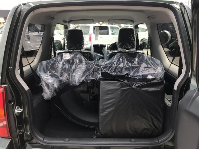 ランドベンチャーターボ 4WD 4AT 届出済未使用車(11枚目)