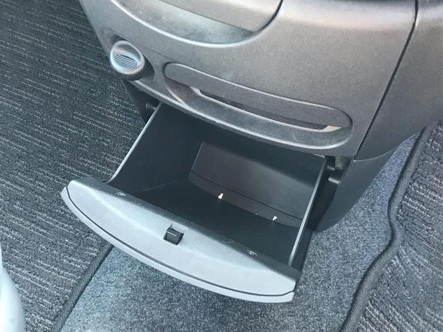 トヨタ シエンタ G 4WD パワースライドドア スマートドアロック フォグ