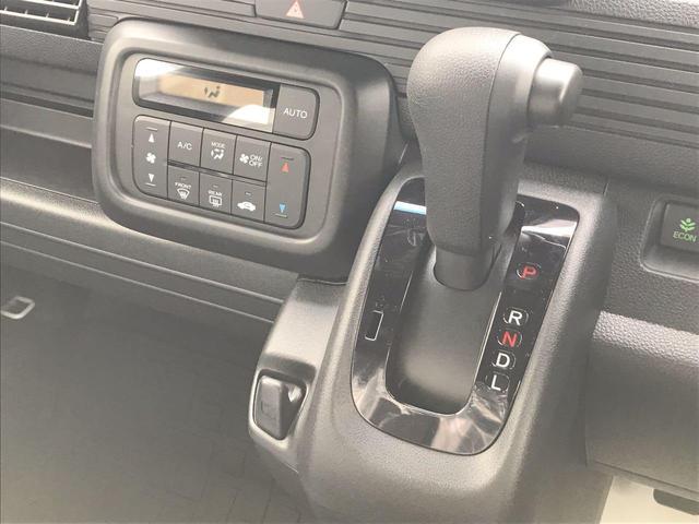 L・ホンダセンシング4WD マット・バイザー USBジャック(18枚目)