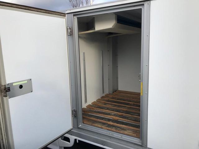 TB 低温冷蔵冷凍車 4WD -22℃~35℃ AT PS(9枚目)