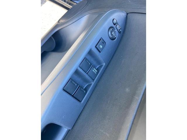 G・Aパッケージ ナビ装着用パッケージ ブラックインテリア スーパーUVカット ディスチャージ 安心パッケージ 4WD(15枚目)