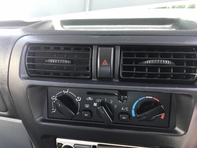 4WD エアコン パワステ PW オートマ Wエアバッグ(18枚目)