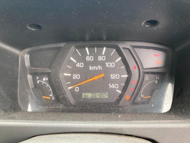 Vタイプ 4WD 5速マニュアル(8枚目)