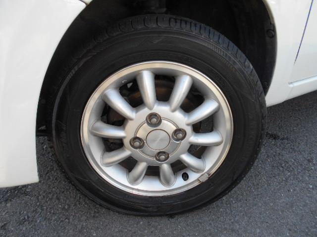 スズキ アルトラパン X 4WD タイヤ新品