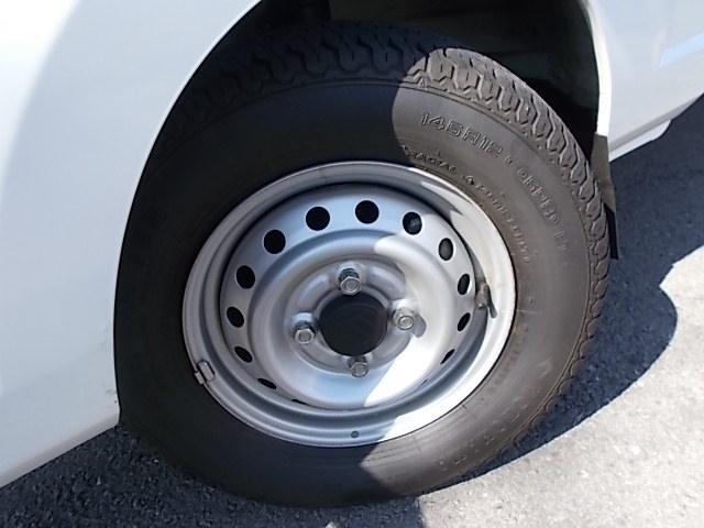 タイヤまだまだ使えます!