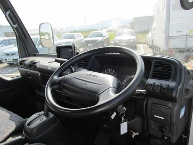 パネルバン 4WD オートマ バックカメラ(7枚目)