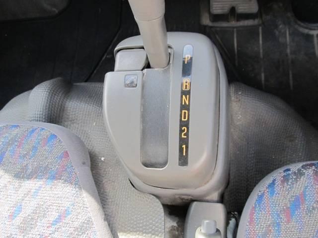 パネルバン 4WD オートマ バックカメラ(13枚目)