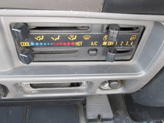 パネルバン 4WD オートマ バックカメラ(15枚目)