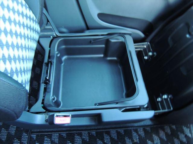 ブラック&ホワイトII アイドリングストップ 両側電動スライドドア メモリーナビ フルセグTV バックカメラ ETC(51枚目)