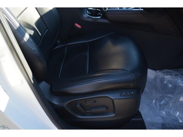 XDプロアクティブ ワンオーナー ナビ フルセグTV 360°ビューモニター クリアランスソナー 衝突軽減ブレーキ ヘッドアップディスプレイ シートヒーター ハンドルヒーター(19枚目)
