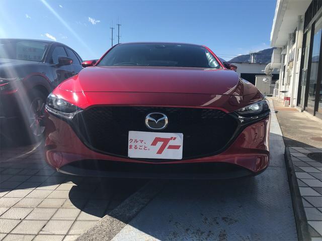 「マツダ」「MAZDA3ファストバック」「コンパクトカー」「山梨県」の中古車3