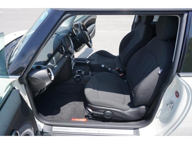 クーパーS ターボ 6MT車 新品ランフラットタイヤ交換済(5枚目)