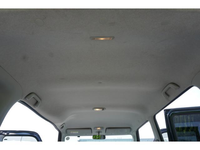 ☆禁煙車ではありませんが、天井は綺麗な状態で、室内に気になる様な臭い等は無く、コンディション良好です♪