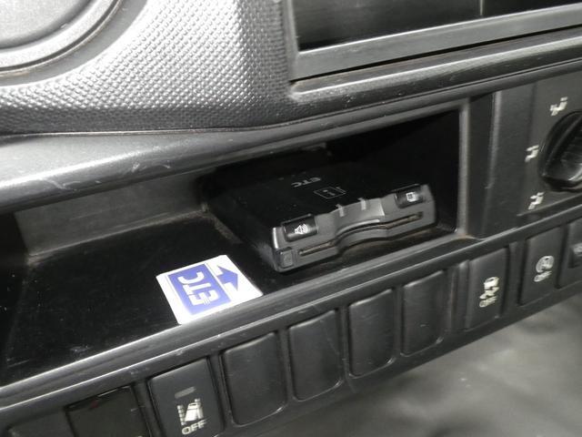 フルジャストロー 2t積 4AT ETC プリクラッシュセーフティ 車線逸脱警報装置 VSC ABS アイドリングストップ 排気ブレーキ 前席エアバッグ フォグランプ 助手席側電動格納ミラー(28枚目)