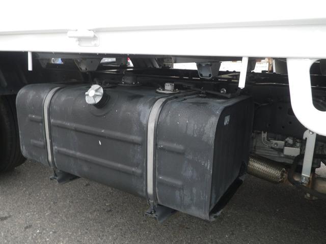 フルジャストロー 2t積 4AT ETC プリクラッシュセーフティ 車線逸脱警報装置 VSC ABS アイドリングストップ 排気ブレーキ 前席エアバッグ フォグランプ 助手席側電動格納ミラー(35枚目)