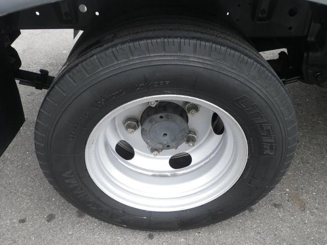 フルジャストロー 2t積 4AT ETC プリクラッシュセーフティ 車線逸脱警報装置 VSC ABS アイドリングストップ 排気ブレーキ 前席エアバッグ フォグランプ 助手席側電動格納ミラー(43枚目)