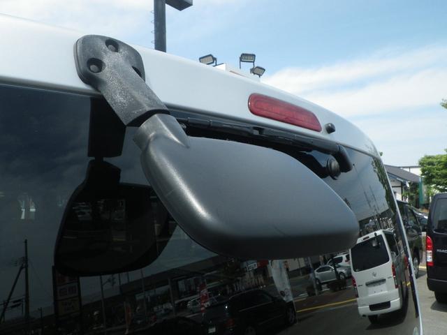 ロングスーパーGL 4WD 4AT ETC キーレス バックカメラ SDナビ フルセグTV オートライト オートエアコン イージークローザー タイベル交換済(11枚目)