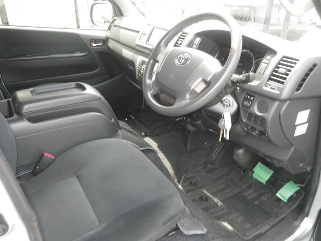 ロングスーパーGL 4WD 4AT ETC キーレス バックカメラ SDナビ フルセグTV オートライト オートエアコン イージークローザー タイベル交換済(17枚目)
