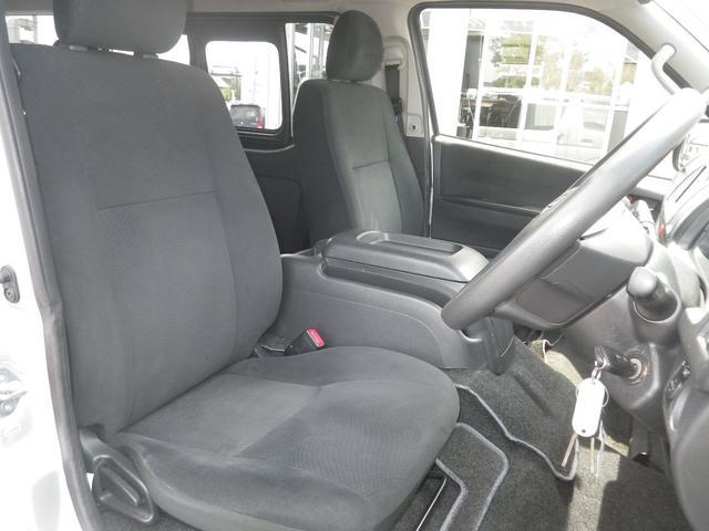 ロングスーパーGL 4WD 4AT ETC キーレス バックカメラ SDナビ フルセグTV オートライト オートエアコン イージークローザー タイベル交換済(18枚目)