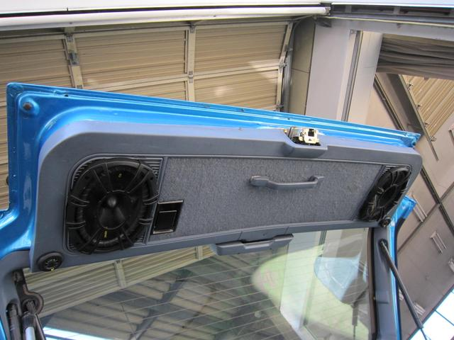 バックドアにはキーカーのスピーカーをインストール!デトニング済み。良い音出ます!
