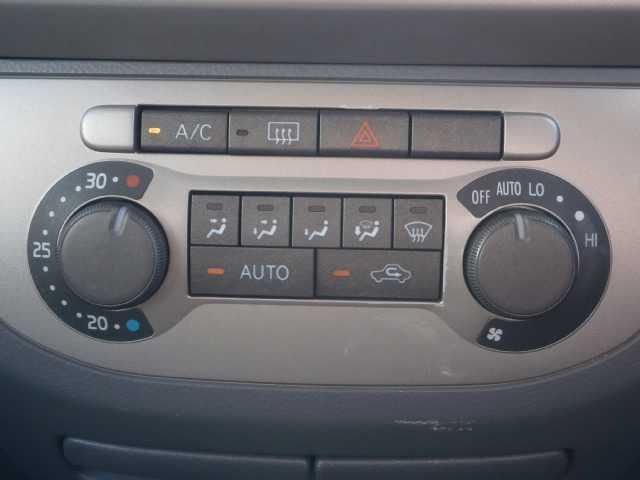 ダイハツ タント カスタムX 4WD フォグ キーレス