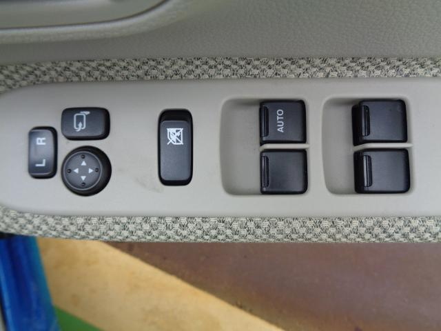 X レーダーブレーキサポート シートヒーター メモリーナビ・TV アイドリングストップ 盗難防止装置 スマートキ- プッシュスタート オートエアコン 寒冷地仕様 ETC HIDヘッドライト 横滑り防止装置(12枚目)