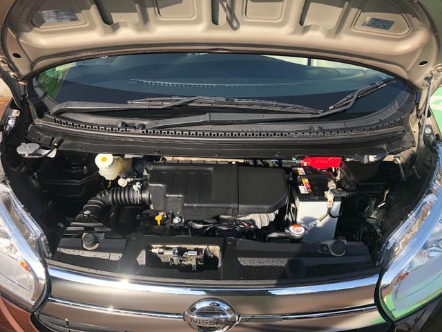 X 4WD 新品メモリーナビ・CD・DVD・フルセグTV 全方位カメラ 衝突被害軽減ブレーキ プッシュスタート スマートキー 寒冷地仕様 横滑り防止装置 シートヒーター ベンチシート タッチパネルエアコン(20枚目)
