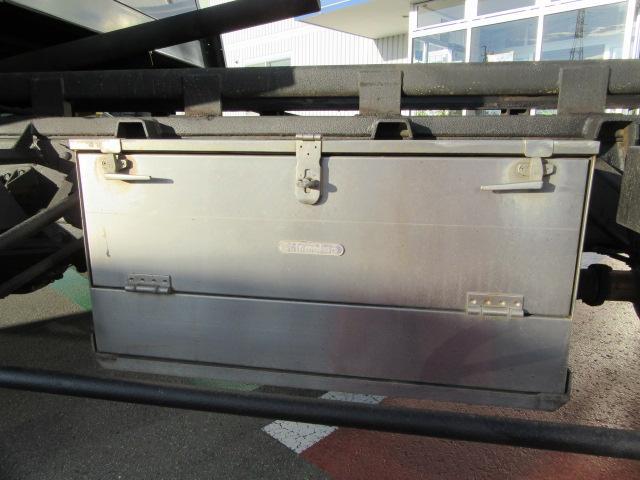 フルキャブセーフティーローダー 積載車 レッカー 尿素フリー(13枚目)