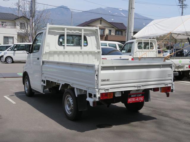 DX 4WD エアコン メンテノート 取扱書 夏冬タイヤ付(9枚目)