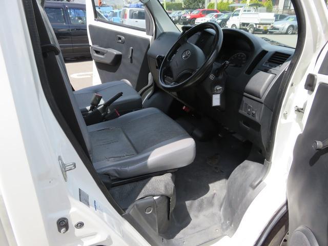 DX 4WD エアコン メンテノート 取扱書 夏冬タイヤ付(18枚目)