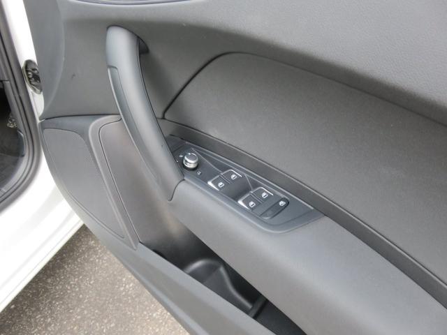 「アウディ」「アウディ A1スポーツバック」「コンパクトカー」「長野県」の中古車32