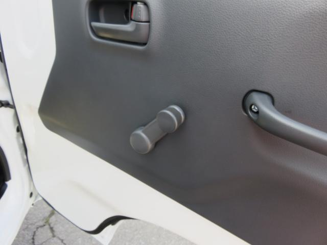 届出済未使用車 4WD エアコン パワステ デフロック フロアマット サイドバイザー 農繁(16枚目)