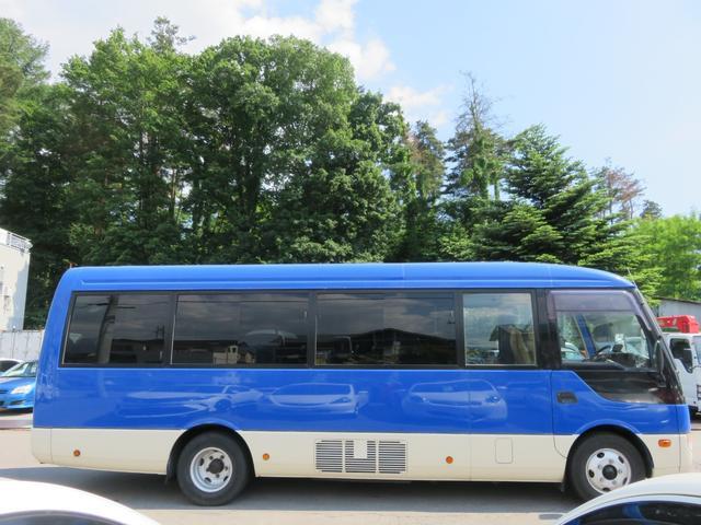 CXL4.9ディーゼル 29人乗り スタットレスタイヤ ノーマルタイヤ付き ETC 自動ドア ワンオーナー車(5枚目)
