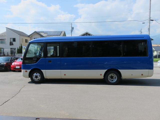 CXL4.9ディーゼル 29人乗り スタットレスタイヤ ノーマルタイヤ付き ETC 自動ドア ワンオーナー車(9枚目)