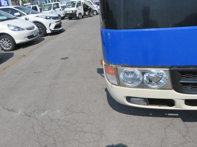 CXL4.9ディーゼル 29人乗り スタットレスタイヤ ノーマルタイヤ付き ETC 自動ドア ワンオーナー車(13枚目)