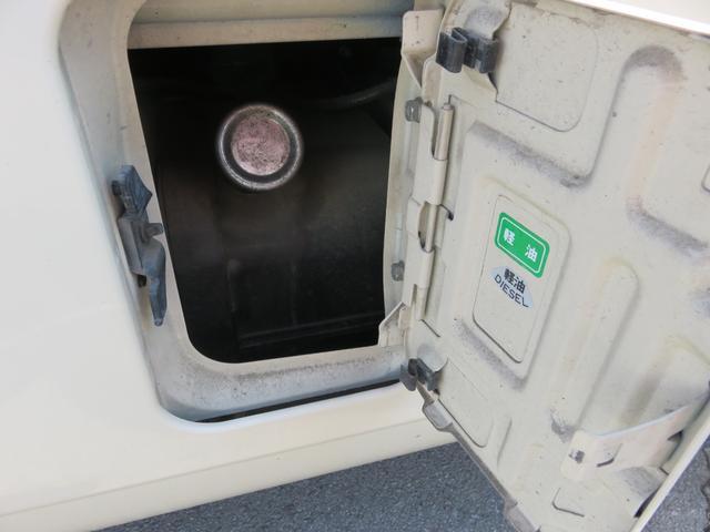 CXL4.9ディーゼル 29人乗り スタットレスタイヤ ノーマルタイヤ付き ETC 自動ドア ワンオーナー車(18枚目)