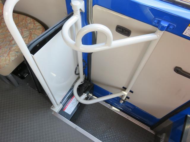 CXL4.9ディーゼル 29人乗り スタットレスタイヤ ノーマルタイヤ付き ETC 自動ドア ワンオーナー車(43枚目)