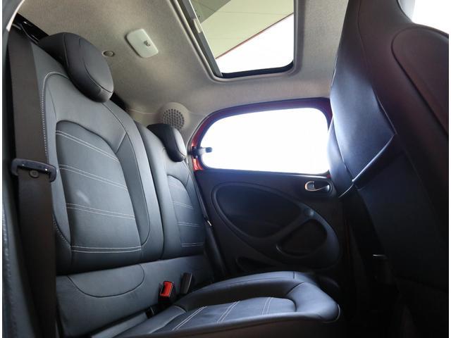プライム パノラミックルーフ 黒革シート ETC シートヒーター  クルーズコントロール(20枚目)