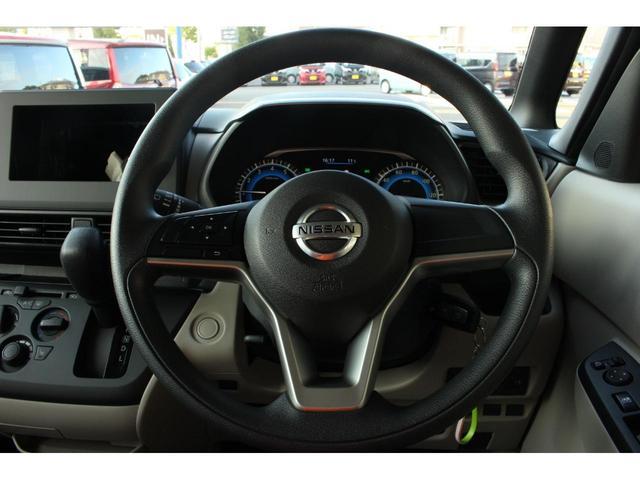 S CVT 4WD 届出済未使用車 衝突被害軽減ブレーキ フロント・バックソナー シートヒーター キーレス 助手席側スライドイージークローザー付き クリアランスソナー ステアリングオーディオコントロール(8枚目)