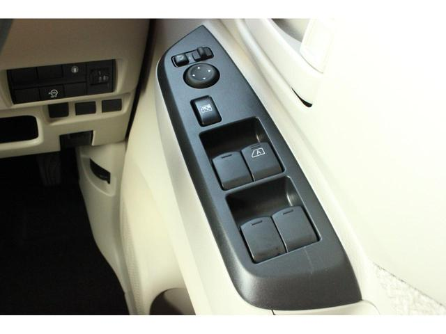 S CVT 4WD 届出済未使用車 衝突被害軽減ブレーキ フロント・バックソナー シートヒーター キーレス 助手席側スライドイージークローザー付き クリアランスソナー ステアリングオーディオコントロール(14枚目)