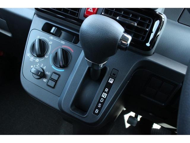 L 届出済未使用車 両側スライドドア LEDライト 衝突被害軽減ブレーキ キーレスキー アイドリングストップ 横滑り防止装置 クリアランスソナー パーキングセンサー(7枚目)