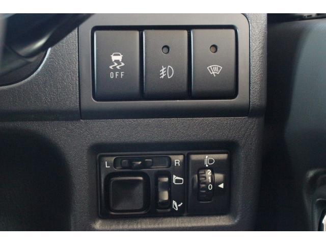 ランドベンチャー 4WD ストラーダSDナビ&フルセグTV ETC 背面ハードカバー キーレスキー ワイパーディアイサー 電動格納ドアミラー ステアリングオーディオコントロール 衝突安全ボディ(8枚目)